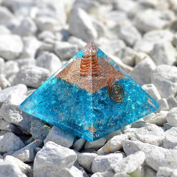 Orgone Pyramid Aquamarine 740x